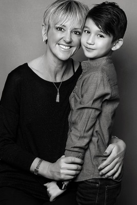 female photographer Nottingham and her son in their Arnold studio