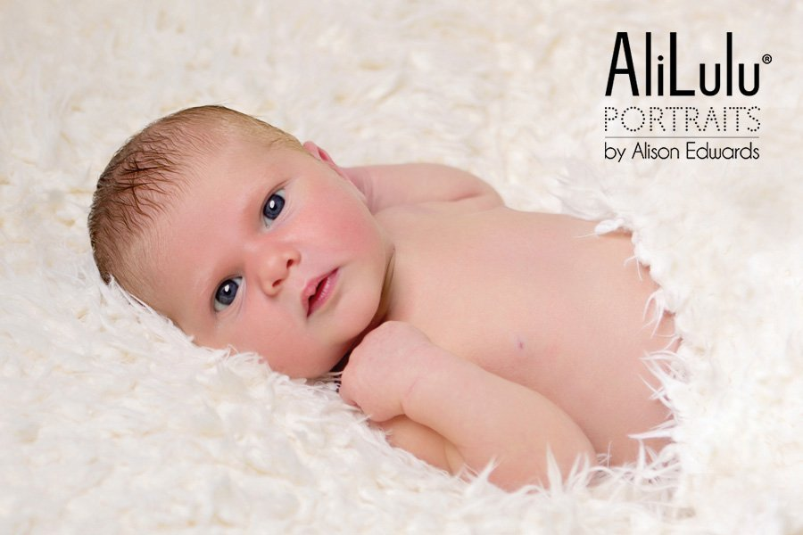 newborn photographer nottingham and derby
