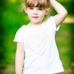 childrens-photographer-derby-portrait-of-girl-in-woods