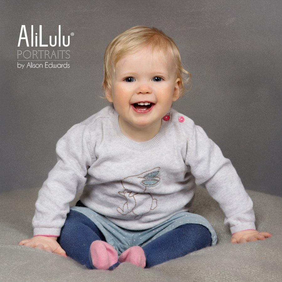 1 year old photo session of a baby girl