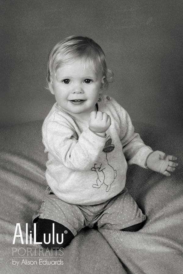 1 year old photo session of baby girl