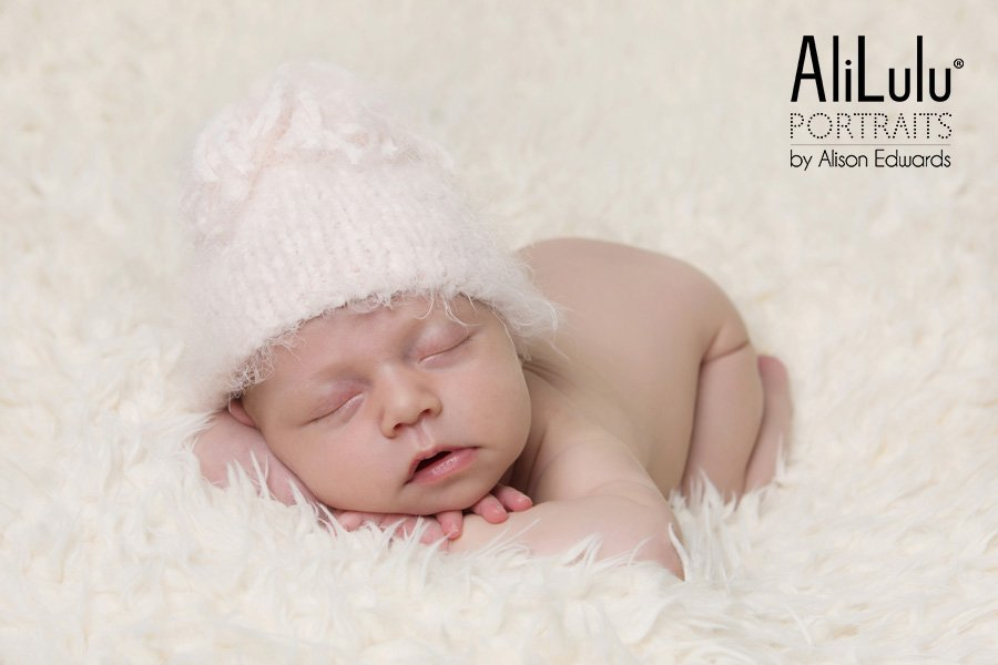 newborn baby photos Carton baby girl sleeping