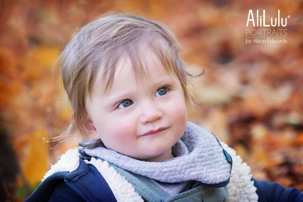 autumn photos in Nottingham of young boy